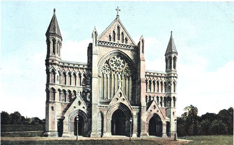 Title: St Albans Abbey - Publisher: ? - unused circa 1905 [Reproduced with border trimmed]