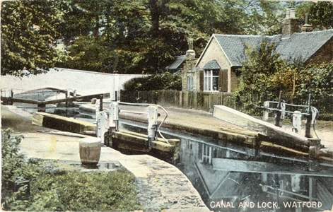 watford-canal-lock-bridge